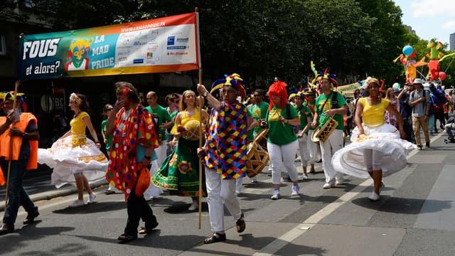 """La deuxième """"Mad Pride"""" a eu lieu à Paris, ce samedi."""