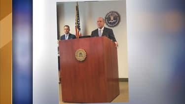 L'agent spécial Stephen Anthony lors de la conférence de presse de lundi matin.