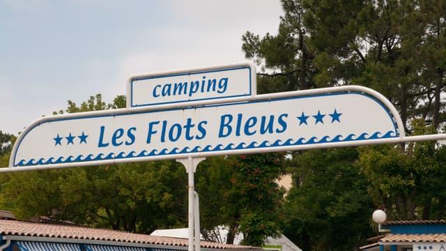 Le camping des Flots Bleus, théâtre des aventures de Patrick Chirac, dans Camping.