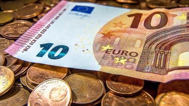 La monnaie unique européenne profite de la faiblesse du dollar américain.