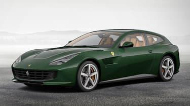 Vous pouvez faire mieux, si cette composition n'est pas à votre goût. Il suffit d'utiliser l'outil mis à disposition par Ferrari pour créer sa propre GTC4Lusso.