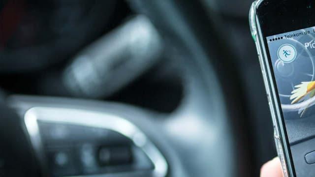 Plus d'un joueur sur deux possédant une voiture a déjà joué en conduisant.