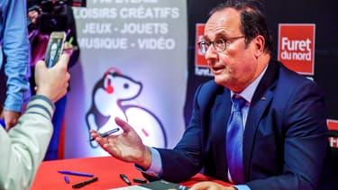 """François Hollande est revenu sur le devant de la scène médiatique depuis la sortie de son livre """"Les leçons du pouvoir"""", en avril 2018, et tente d'y rester."""