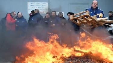 Des surveillants bloquent la prison de Brest le 24 janvier 2018