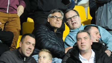"""OM : """" C'est qui ? """" Amoros raconte les coulisses de l'arrivée de Bielsa à Marseille"""