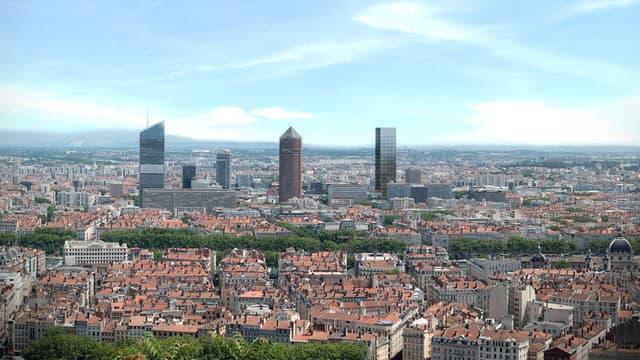Pose de la première pierre d'une nouvelle tour à Lyon.