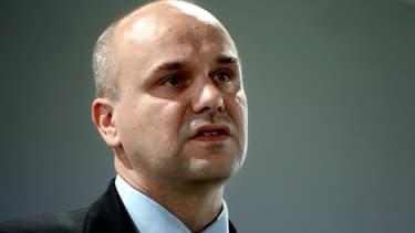Nicolas Perruchot est l'auteur d'un rapport sur l'argent des syndicats.