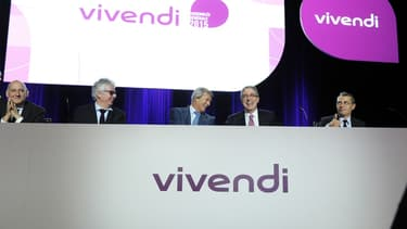 Vivendi devra attendre la réunion du conseil d'administration du 15 décembre 2015 pour savoir si sa requête portant sur 4 postes d'administrateurs sera validée.