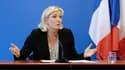 Marine Le Pen le 25 mars 2014 lors d'une conférence de presse à Nanterre.