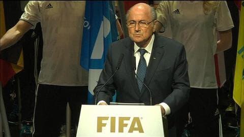 """Corruptions à la Fifa: Sepp Blatter """"ne peut pas surveiller tout le monde"""""""