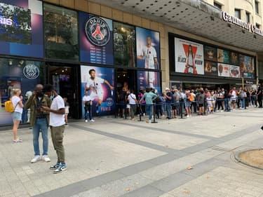La boutique du PSG ce mardi 10 août