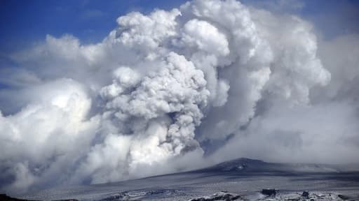Plusieurs éruptions similaires à celle de l'Eyjafjallajökull en 2010 ont été recensées cette année-là