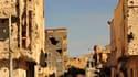 La rue où se cachait Mouammar Kadhafi, à Syrte, jusqu'à jeudi. L'Otan ignorait que l'ex-dirigeant libyen se trouvait dans l'un des véhicules du convoi dont l'aviation alliée à bloqué la progression jeudi matin en touchant 11 des 75 véhicules qui le formai