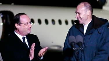Le père Georges, souriant et rasé, a été accueilli mercredi matin par le président François Hollande.