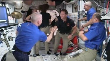 Comment vit-on dans la Station spatiale internationale ?