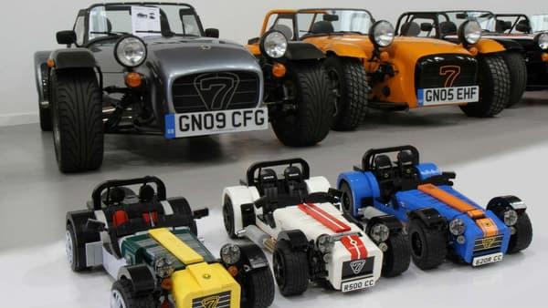 C'est un vote sur internet qui a poussé Lego à ajouter à la collection cette Caterham Seven imaginée par un fan de la marque.
