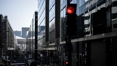 Le quartier des affaires de La Défense à Paris, désert ces jours-ci.