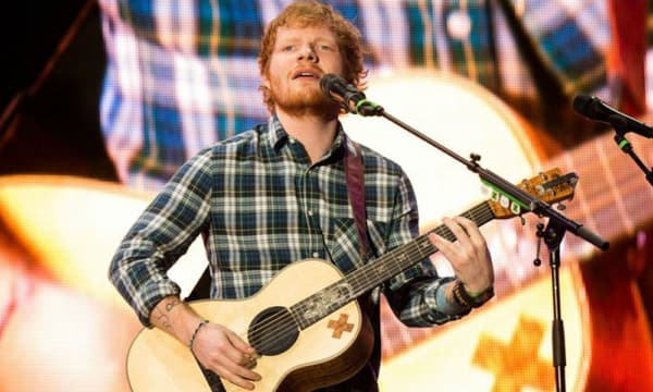 Ed Sheeran sur scène, le 15 mai 2015