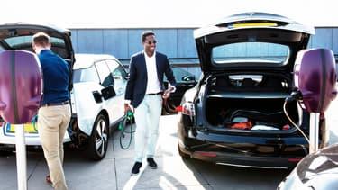 La recharge reste une problématique importante pour le développement de la voiture électrique.