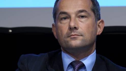 La rémunération fixe de Frédéric Oudéa est restée inchangée à 1 million d'euros au titre de 2013.