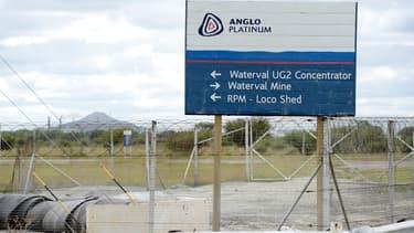 Anglo American prévoit une réduction de coûts de 500 millions de dollars.