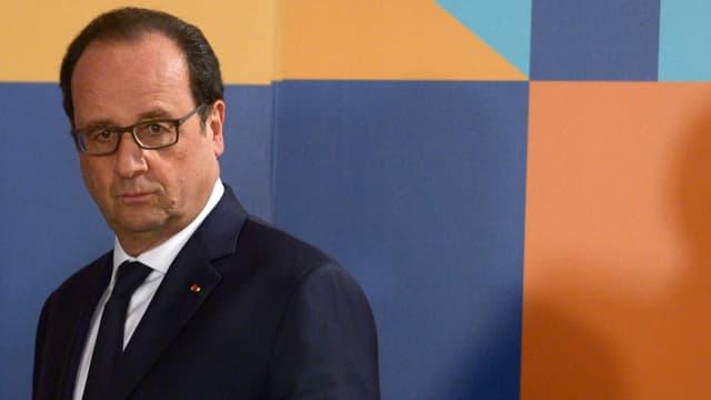 François Hollande va rencontrer des gilets jaunes.