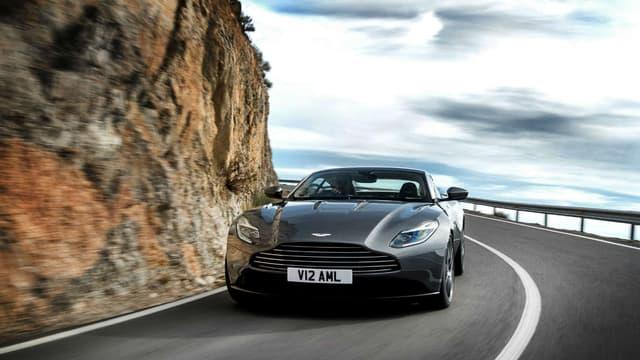 Aston Martin a dévoilé au Salon de Genève la DB11.