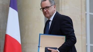 """Le président de l'Assemblée nationale, Richard Ferrand, assure que """"l'engagement du président"""" Emmanuel Macron face à la colère des """"gilets jaunes"""" """"sera tenu"""""""