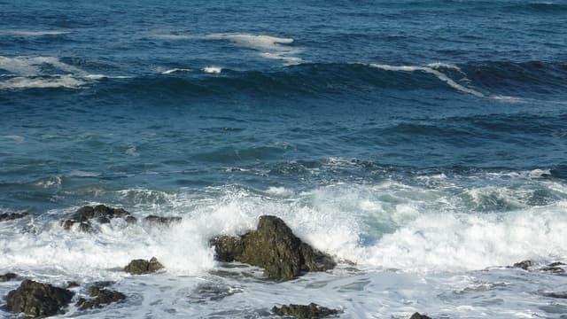 De l'eau de mer transformée en peroxyde d'oxygène pourrait produire de l'électricité (image d'illustration).