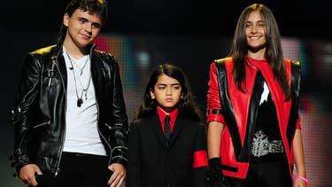 Prince Jackson, Blanket Jackson et Paris Jackson, les trois enfants de Michael Jackson, le 8 octobre 2011 lors du concert 'Michael Forever', à Cardiff, au Pays de Galles.
