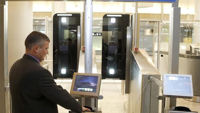 """Le Conseil constitutionnel a censuré la création d'un fichier central biométrique des cartes nationales d'identité et des passeports, qui était prévue dans la loi relative à la protection de l'identité. Les """"Sages"""" ont estimé que ce fichier central """"porte"""
