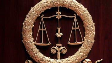 La cour, qui n'a pas délivré de mandat d'arrêt à l'audience et laissé le garçon dans un centre éducatif, a ainsi confirmé le jugement de premier instance.