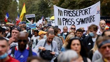 Manifestation contre le pass sanitaire et l'obligation vaccinale pour certaines professions, le 11 septembre 2021 à Paris