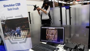Le réalité virtuelle comme technique d'entrainement des policiers.