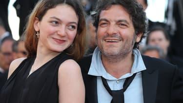 Matthieu et Billie Chedid sur le tapis rouge du Festival de Cannes, en mai 2018