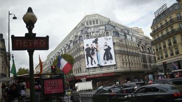 """Le dirigeant des Galeries Lafayette rejette l'idée de """"faire des réduction de personnel ou de choix drastique de remodelage de nos magasins"""""""