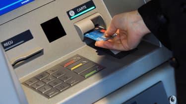 Les coûts des cartes bancaires à l'étranger