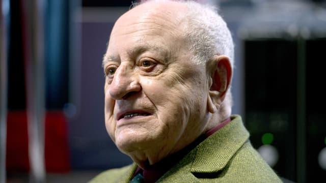 Pierre Bergé affirme publiquement qu'il réprouve les méthodes employées par les journalistes du Monde, quotidien dont il est actionnaire, dans le cadre des révélations SwissLeaks.