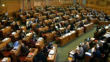 """Anne Hidalgo a annoncé le lancement d'une """"conférence de consensus"""" lors du Conseil de Paris"""