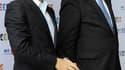 """Jean-Luc Delarue (à gauche) en compagnie du président de France Télévisions Rémy Pflimlin. Le groupe public a décidé de suspendre la diffusion de l'émission """"Toute une histoire"""" de l'animateur, après sa mise en cause dans une affaire de stupéfiants. /Phot"""