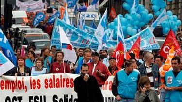 Manifestation contre la réforme des retraites à Nantes. /Photo prise le 27 mai 2010/ REUTERS/Stéphane Mahe