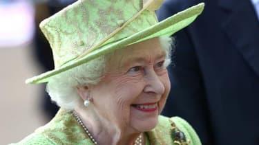 """La Reine d'Angleterre a souhaité que le Royaume-Uni soit """"la place plus attractive pour faire des affaires""""."""