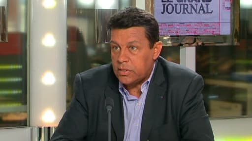 Xavier Beulin, le patron de la FNSEA, était l'invité de David Dauba dans Le Grand Journal ce vendredi 2 août.