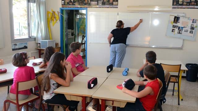 François Hollande s'est engagé à créer 60.000 postes d'enseignants d'ici à 2017