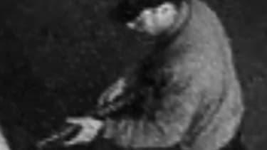 Photo du présumé terroriste diffusée par la police pour tenter d'identifiier le meurtrier.