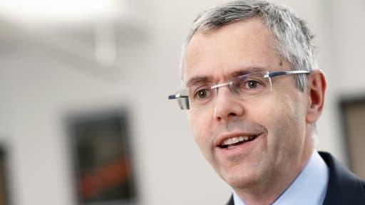 Michel Combes, le nouveau directeur général d'Alcatel-Lucent, est allé demander de l'aide à un vieil ennemi