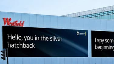 Afficher un message plus personnalisé à chaque conducteur, telle est la stratégie publicitaire de Renault en Grande-Bretagne.