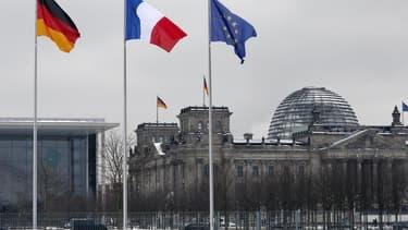 Une majorité de Français n'ont désormais plus confiance dans le projet européen qui reste largement soutenu par les Allemands, selon une étude annuelle de l'institut Pew Research Center sur les opinions publiques de huit pays membres de l'UE. Alors qu'en