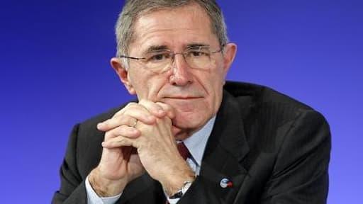 Gérard Mestrallet annonce une baisse de plus de 60% des profits de GDF Suez mais pointe des éléments exceptionnels