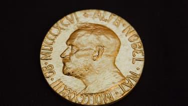 La somme allouée aux lauréats du prix Nobel, actuellement de dix millions de couronnes suédoises, va être réduite d'un cinquième à huit millions de couronnes, soit près de 900.000 euros, a annoncé lundi la fondation Nobel en invoque des problèmes financie